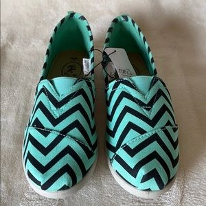 NWT Rue21 Mint Chevron Print Slip-On Shoes